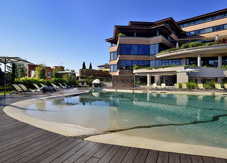Piscine naturali e interrate progettate e costruite da - Hotel piscina roma ...