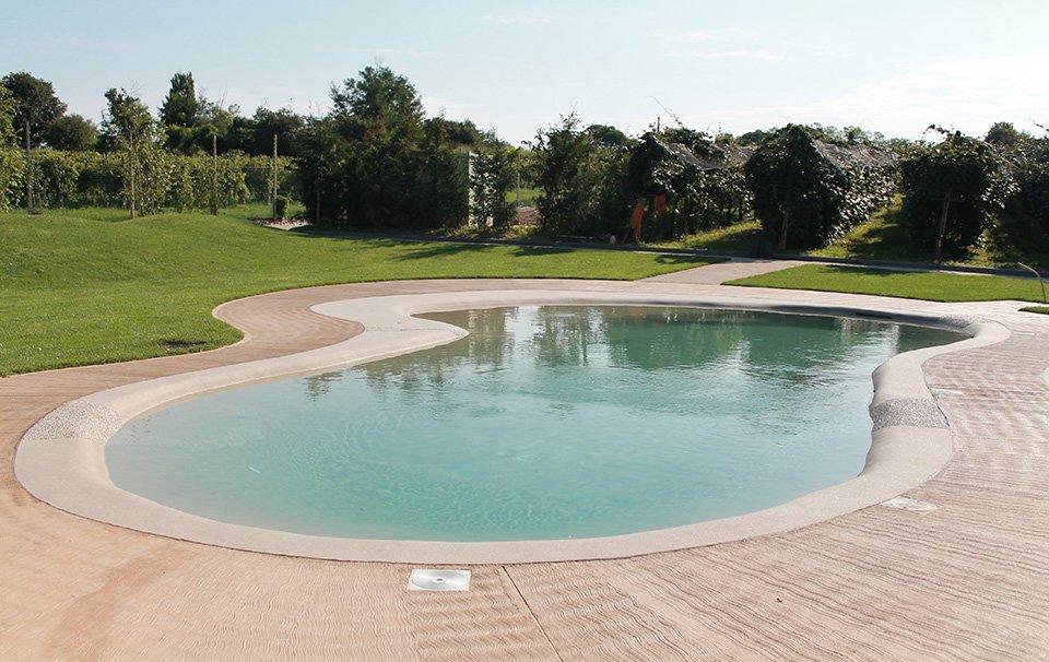 Costruzione piscine naturali e interrate acqua tecnica - Scalda acqua per piscina ...