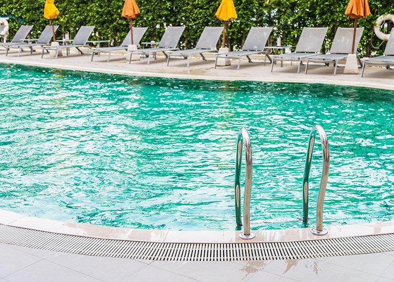 Costruzione piscina tradizionale interrata