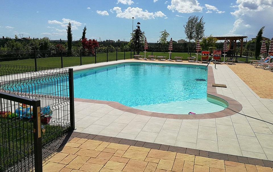 realizzazione piscina per agriturismo