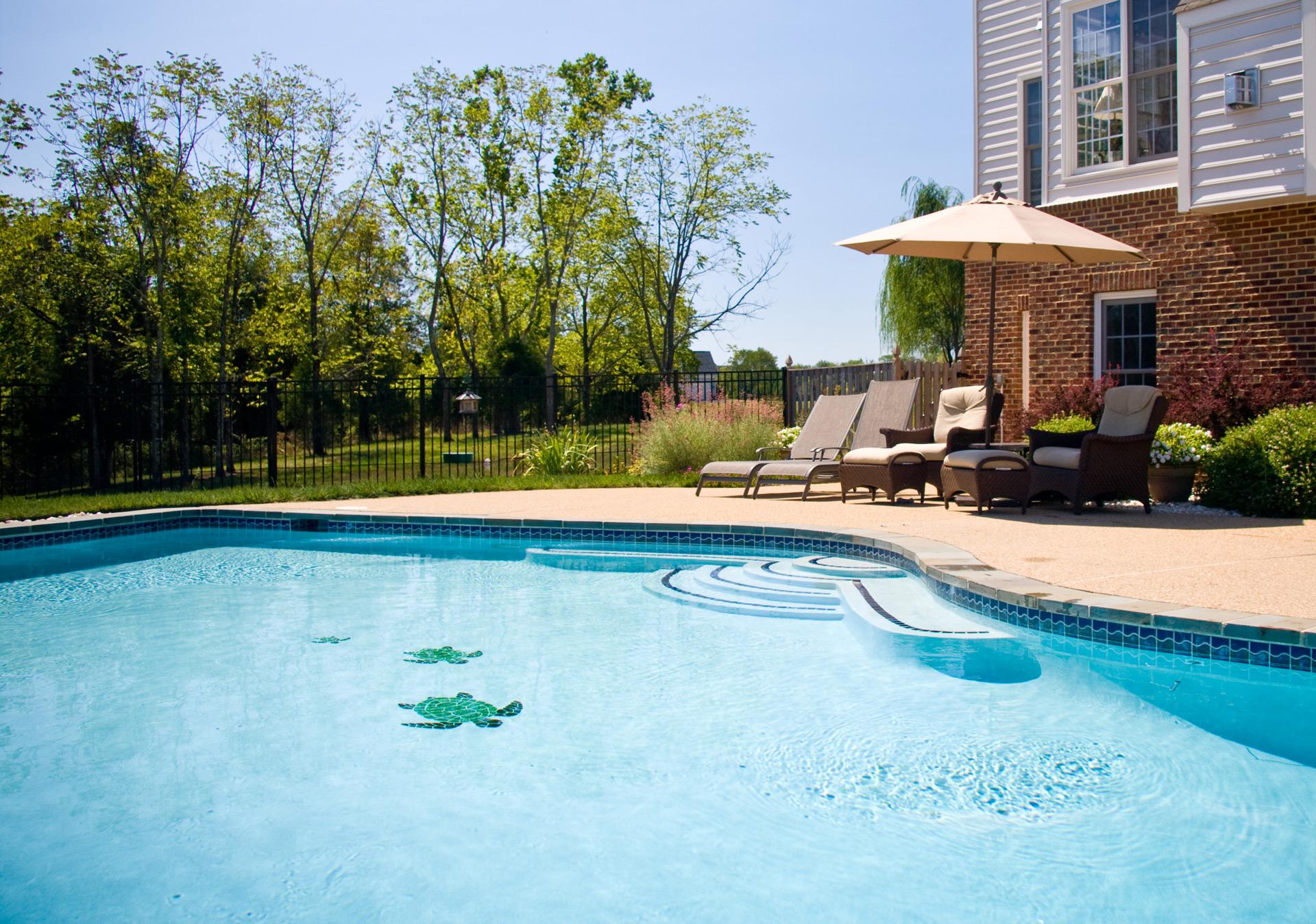 piscina con sedute laterali acqua tecnica piscine