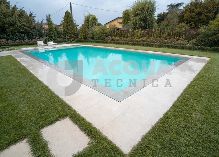 Piscina interrata a Ceresara