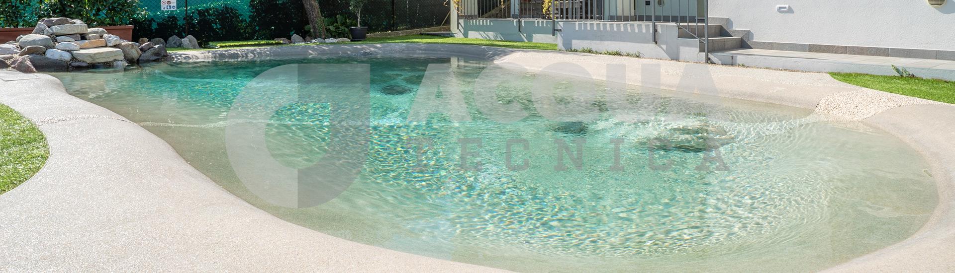 Piscina naturale per casa vacanze a Roè Volciano